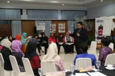 Training Public Speaking & Presentation Skills for Team Product Promotion, 9 November 2016, Malang Jawa Timur